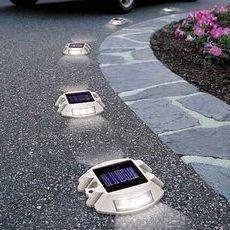 7 Best Solar Powered Driveway Lights